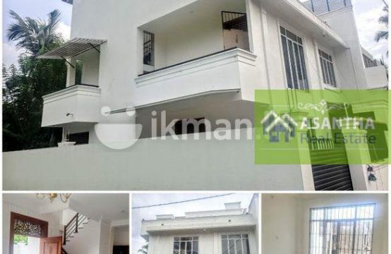 Architect Designed 03 Story House Sale in Homagama