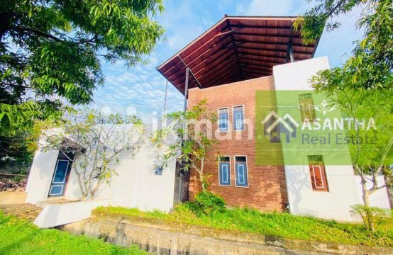Luxury 03 Story House & 15 P Sale At Kibulawela Kotte