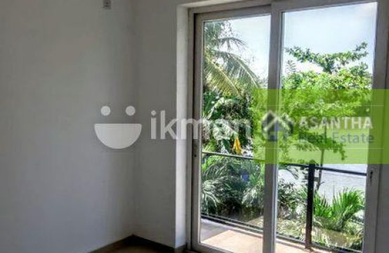 Lake View Super Luxury Three Story For Sale – Rajagiriya