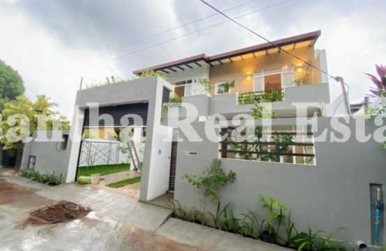 Brand New Luxury 02 Story House for sale in Kalalgoda, Talawathugoda