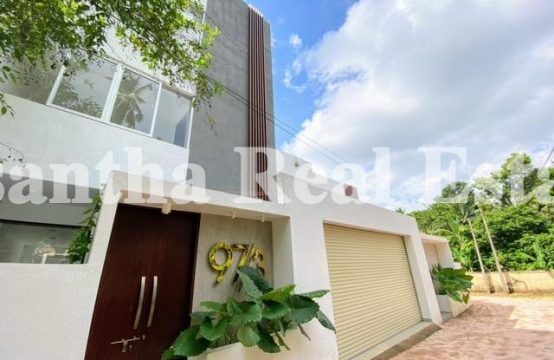 Brand New Architectured 03 Story Luxury House for sale in Talawathugoda
